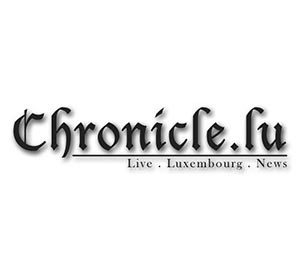 LOGOS-GREY_0002_Chronicle.lu_ (1)